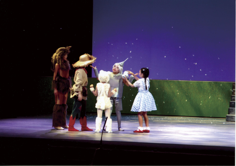 2003年ミュージカル公演「オズの魔法使い」
